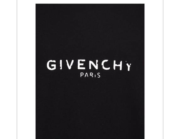 Givenchy Brand New Givenchy New Season With Givenchy Logo Embroidered Sweater Size US L / EU 52-54 / 3 - 4