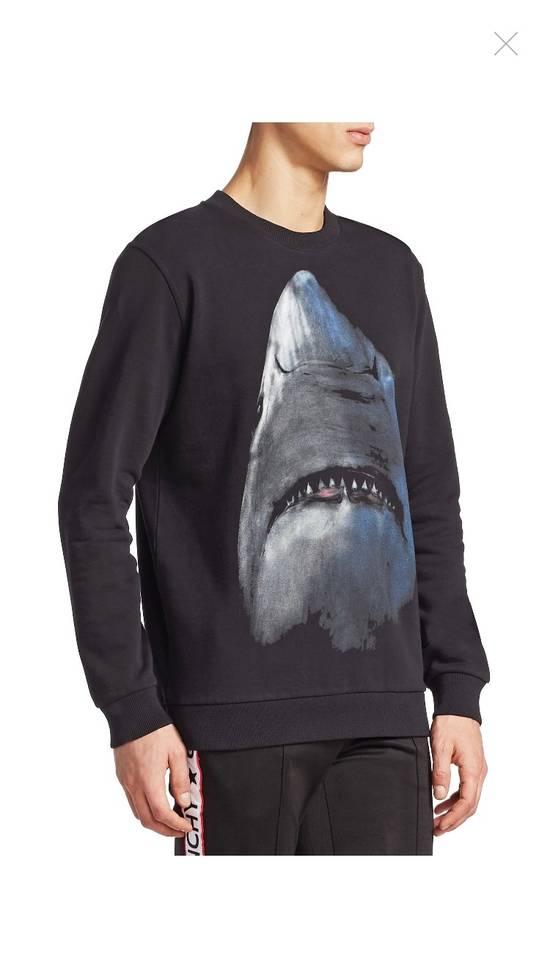 Givenchy Givenchy Shark Print Crew Neck Size US M / EU 48-50 / 2 - 1