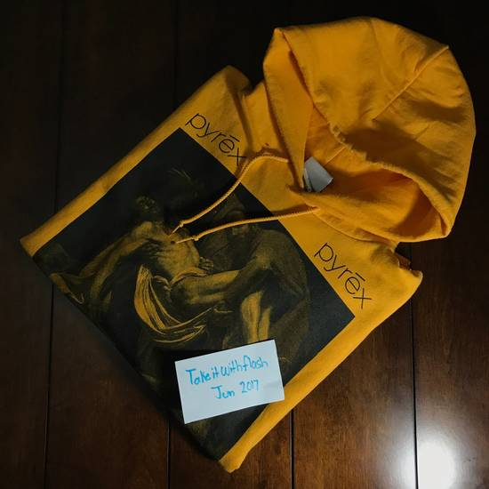 Pyrex Vision Pyrex Entombment Of Christ Hoodie Yellow Size US L / EU 52-54 / 3 - 6