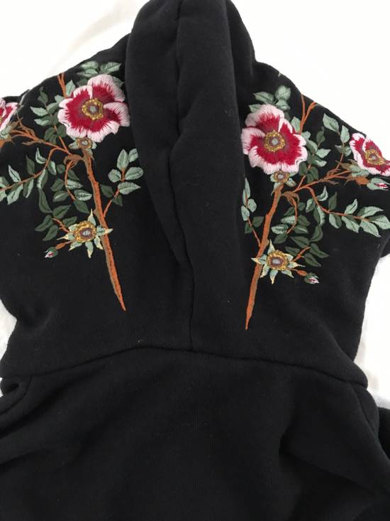 Gucci Gucci Embroidered Hoodie Sz Small Size US S / EU 44-46 / 1 - 4