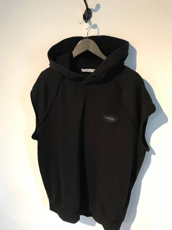 Givenchy Givenchy Black Sleeveless Hoodie With Logo Patch Size US M / EU 48-50 / 2