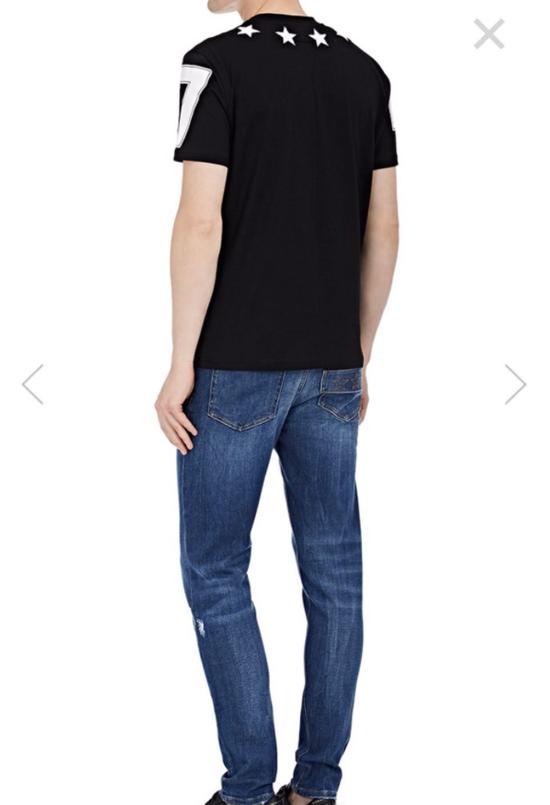 Givenchy Columbian-Fit Star-Appliqué T-Shirt, Black Size US M / EU 48-50 / 2 - 1