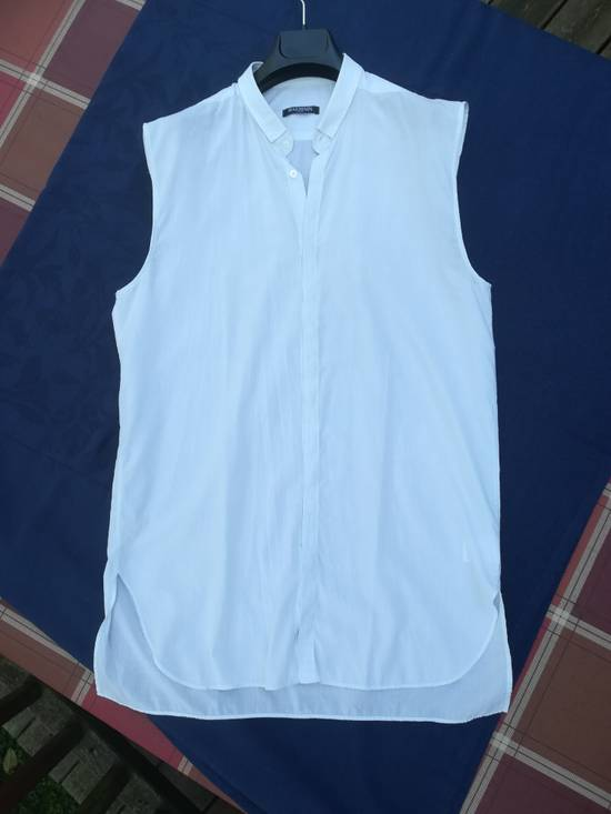 Balmain BALMAIN SHIRT sleeveless white striped like new 39/15,5 Size US M / EU 48-50 / 2 - 5