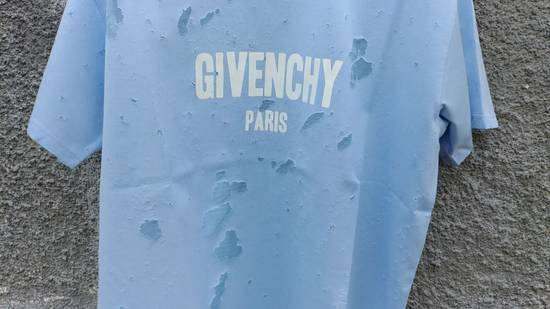 Givenchy Givenchy Baby Blue Destroyed Distressed Logo Shark Oversized T-shirt size M (XL) Size US XL / EU 56 / 4 - 6