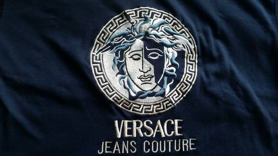 Versace Jeans Couture Medusa Head Greek Key Medallion Embroidered Tee Shirt Size US XL / EU 56 / 4 - 1