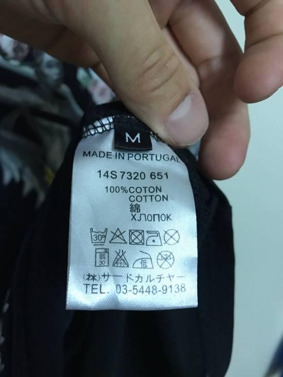 Givenchy Flower Shark Size US M / EU 48-50 / 2 - 6