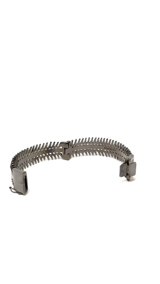 Givenchy Spine bracelet PRICE LISTED IS FINAL mainline Size ONE SIZE - 6