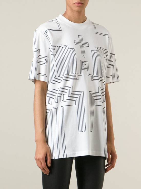 Givenchy $595 Givenchy Geometric Cross Print Rottweiler Shark Oversized T-shirt size XS (M) Size US M / EU 48-50 / 2 - 2