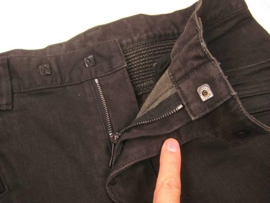 Balmain Classic Moto Jeans Made in Japan Style No. W4HT551C710W Black Coated Skinny Stretch Denim Biker Pants 32 x 32 Size US 32 / EU 48 - 9
