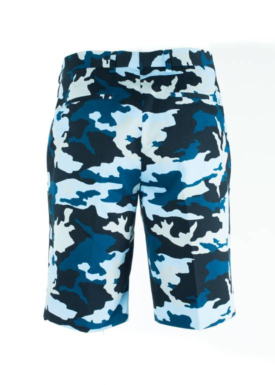 Givenchy Givenchy Men's Blue Cotton Camouflage Board Shorts Size US 36 / EU 52 - 2