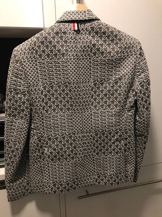 Thom Browne beautiful Embroidered Blazer Size 46S - 2