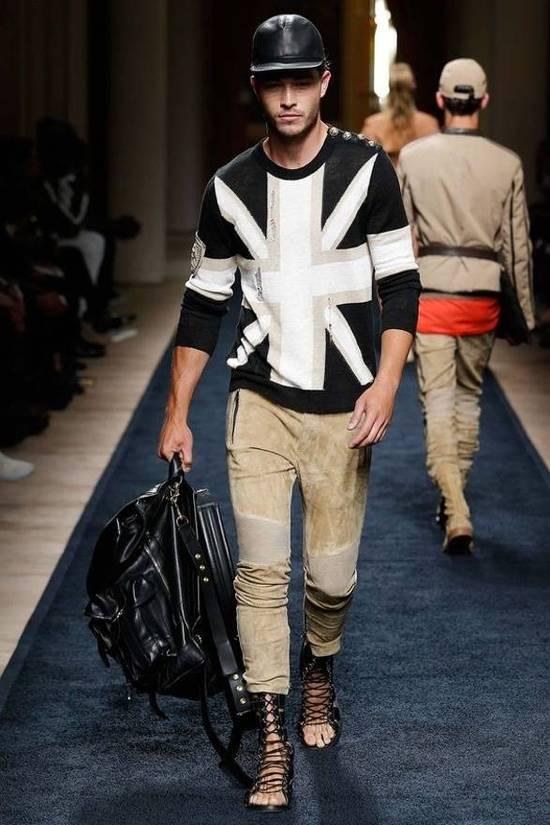 Balmain Union Jack Sweater beige/blk Size US XL / EU 56 / 4