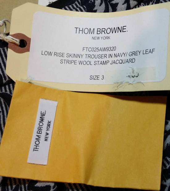 Thom Browne UNIQUE BNWT THOM BROWNE UNISEX CROPPED TROUSER IN NAVY/GREY LEAF STRIPE WOOL STAMP JACQUARD sz 3, 1920$ Size US 30 / EU 46 - 10