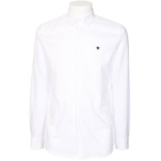 Givenchy CONTEMPORARY FIT SHIRT WITH EMBROIDERED STAR Size US S / EU 44-46 / 1