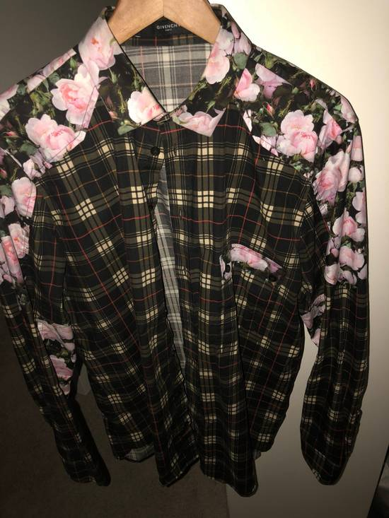 Givenchy Givenchy Floral Button Up Size US XL / EU 56 / 4