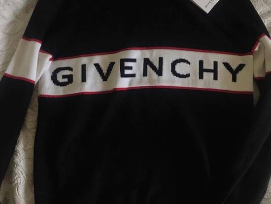Givenchy Brand New Givenchy Logo Embroidered Sweater Size US M / EU 48-50 / 2