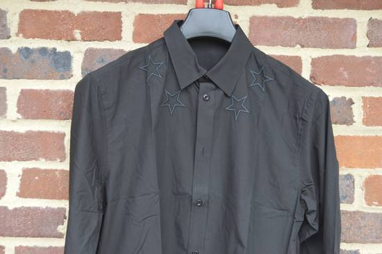 Givenchy Black Embroidered Outline Stars Shirt Size US M / EU 48-50 / 2 - 4