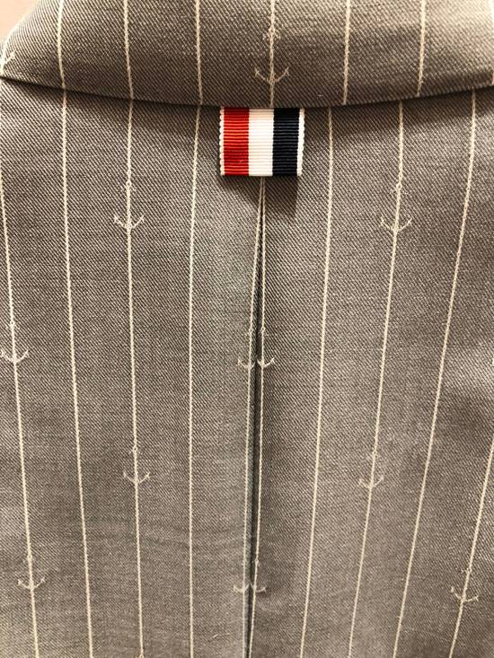 Thom Browne THOM BROWNE CLASSIC BLAZER IN GRAY/WHITE ANCHOR PINSTRIPE Size 40R - 12