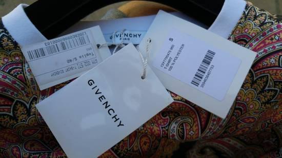 Givenchy $685 Givenchy Satin Paisley Floral Birds of Paradise Oversized T-shirt size S (M) Size US M / EU 48-50 / 2 - 9