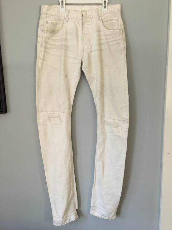Balmain distressed white 16cm denim Size US 30 / EU 46 - 1