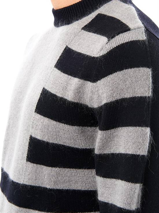 Givenchy Givenchy Striped Stars Wool and Mohair Cuban Fit Knit Sweater size XL (M / L) Size US XL / EU 56 / 4 - 3