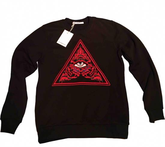 Givenchy Piramide Size US XL / EU 56 / 4