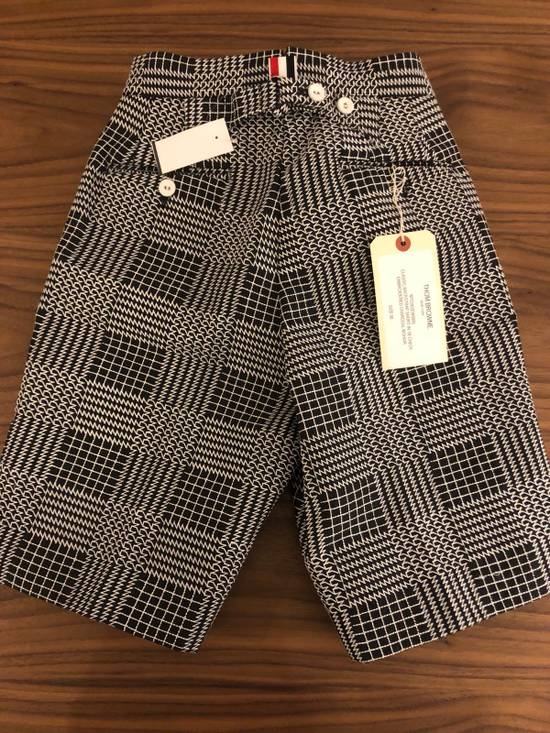 Thom Browne Classic Glen Plaid Embroidered Backstrap Short Size US 28 / EU 44 - 1