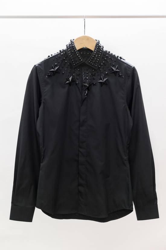 Givenchy Black Stars & Beads Crystal Applique Cuban-Fit Shirt Size US M / EU 48-50 / 2