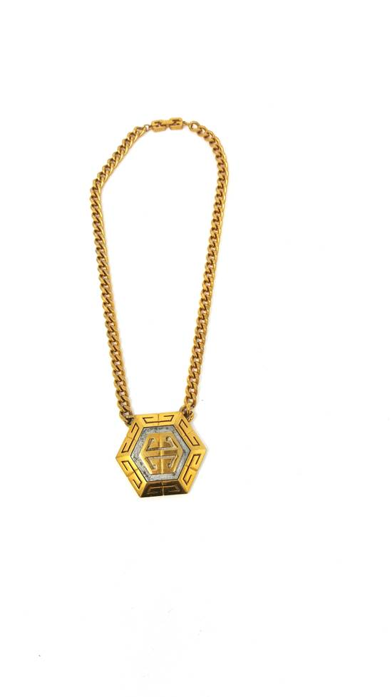Givenchy OVERSIZED Gold plated logo necklace Size ONE SIZE - 13