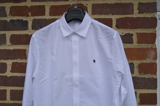 Givenchy White Chest Star Shirt Size US L / EU 52-54 / 3 - 3