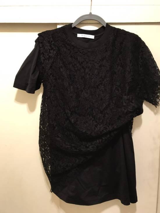 Givenchy Black Lace Overlay Tee Size US M / EU 48-50 / 2 - 8