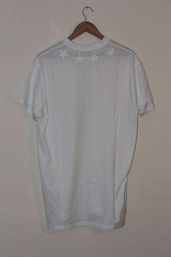Givenchy White Star Applique T-shirt Size US S / EU 44-46 / 1 - 3