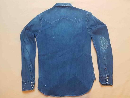 designer fashion 76af5 4da44 Distressed jeans shirt