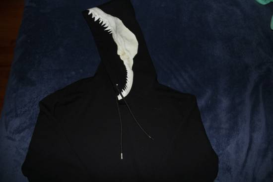 Givenchy Shark Teeth Hoodie Size US L / EU 52-54 / 3 - 1