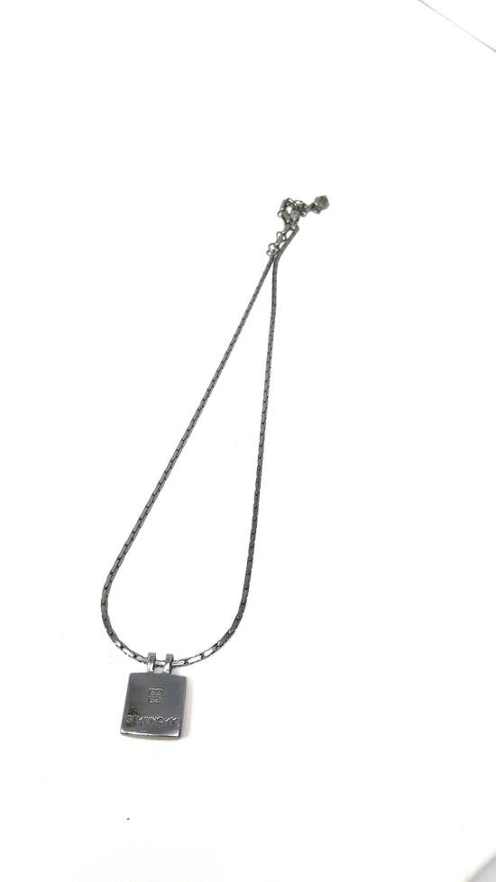 Givenchy Double sided Gun metal necklace Size ONE SIZE - 9