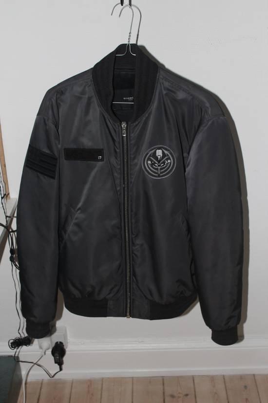 Givenchy Givenchy badge bomber - sz L Size US L / EU 52-54 / 3