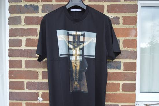 Givenchy Jesus Cross Print T-shirt Size US M / EU 48-50 / 2 - 3