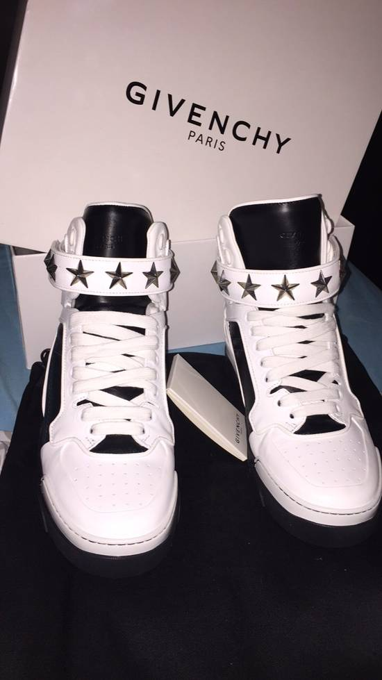 Givenchy Sneaker Givenchy Size US 7 / EU 40