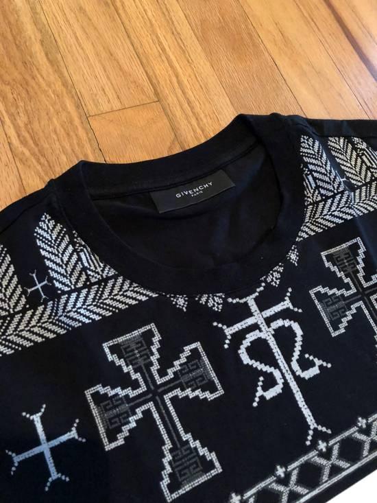 Givenchy Givenchy T Shirt Black White Cross Print Size US M / EU 48-50 / 2 - 2