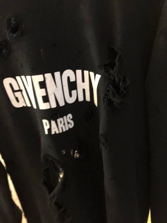 Givenchy Givenchy Destroyed Sweater Size US S / EU 44-46 / 1 - 6