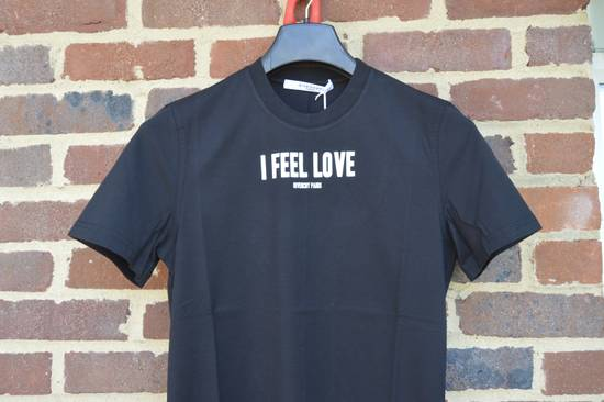 "Givenchy Black ""I Feel Love"" T-shirt Size US XS / EU 42 / 0 - 1"