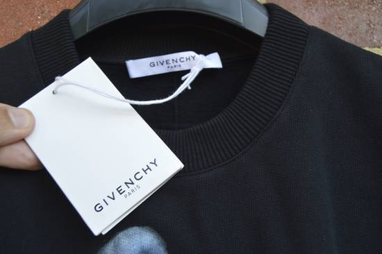 Givenchy Shark Print Sweater Size US L / EU 52-54 / 3 - 7