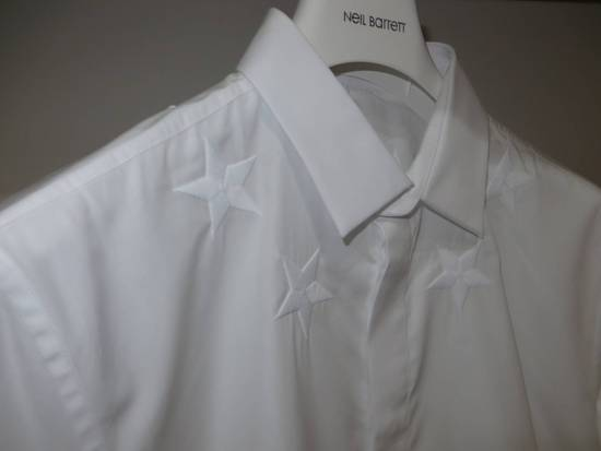 Givenchy Star embroidery shirt Size US XL / EU 56 / 4 - 6