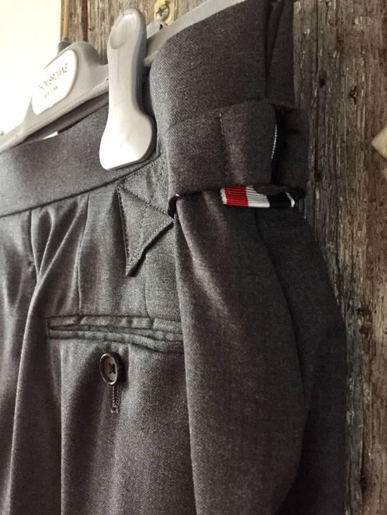 Thom Browne DARK GREY TWILL SUIT WITH TIE Size 36S - 6
