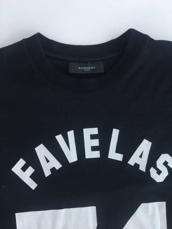 Givenchy Favelas 74 T-Shirt Size US L / EU 52-54 / 3 - 2