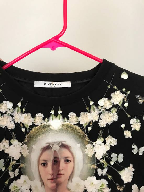 Givenchy Givenchy Classic Tee (Used) Size US L / EU 52-54 / 3 - 4