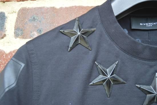 Givenchy Black Metal Stars T-shirt Size US XS / EU 42 / 0 - 5