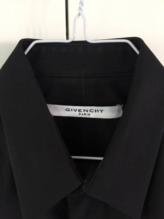 Givenchy Twisted sculp shirt by Riccardo Tisci Size US S / EU 44-46 / 1 - 3