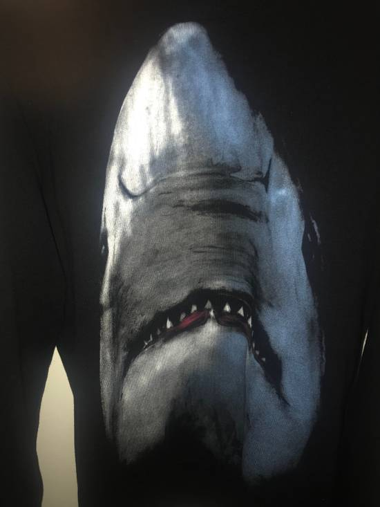Givenchy Givenchy Shark Sweater Size US S / EU 44-46 / 1 - 3
