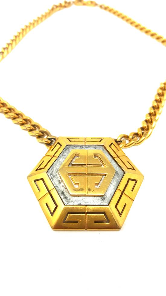 Givenchy OVERSIZED Gold plated logo necklace Size ONE SIZE